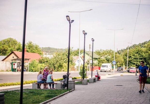 """Для незрячих та дітей: в Одесі """"заговорять"""" пішохідні переходи"""