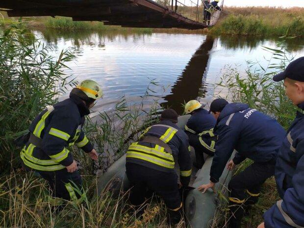 С моста - в воду: под Днепром погибла маленькая принцесса, город слепнет от слез