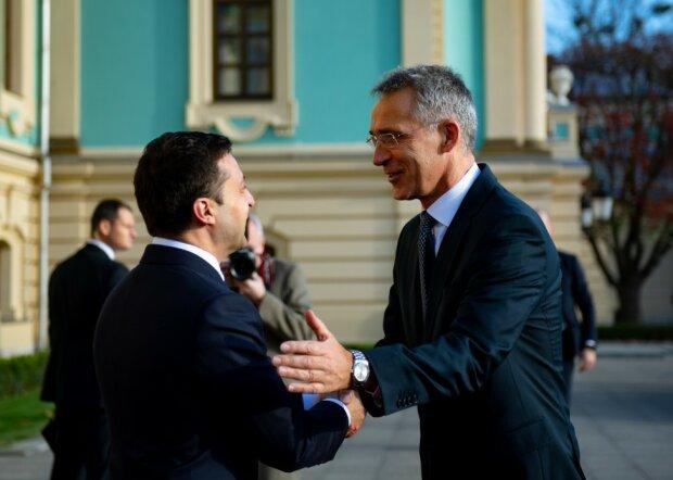 Зеленський у Києві зустрівся з Генсеком НАТО Єнсом Столтенбергом: перші подробиці, відео