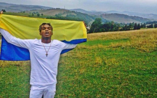Африканец поразил меломанов украинской песней