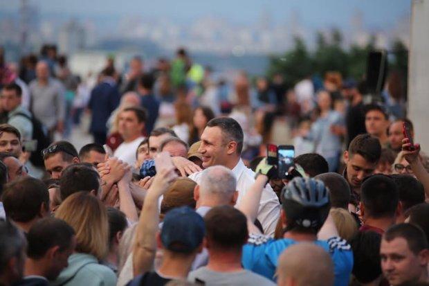 """Кличко не тягнув з відповіддю Богдану: конфлікт чиновників набирає обертів: """"Байки зі склепу"""""""