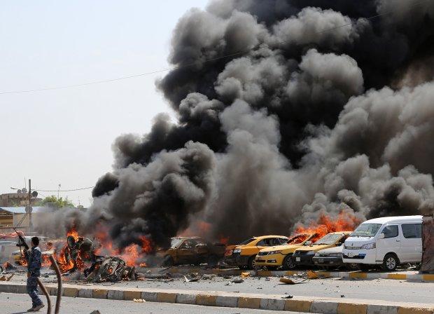 Авто губернатора взорвали неизвестные: множество погибших, за жизнь раненых борются врачи
