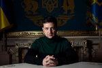 """""""Між Путіним і Трампом"""": Зеленський потрапив на обкладинку найвідомішого журналу у світі, фото"""