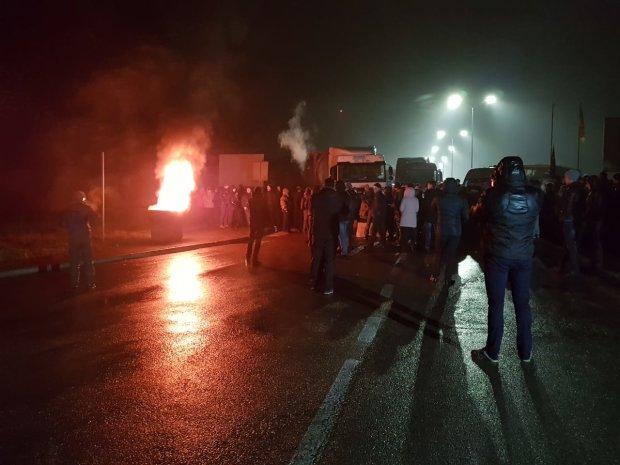 Крики, кровь, огонь и паника: на украинской границе творится страшное