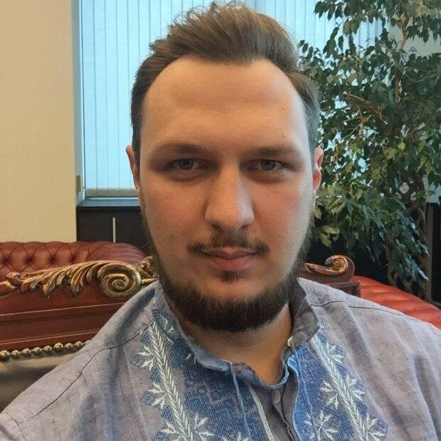"""Президент """"Всеукраинской дорожной ассоциации"""" Артем Гриненко"""