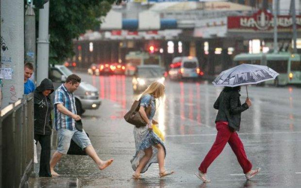 Время сушить дома: Минск затопило рекордной ливнем