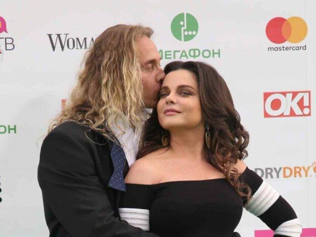 Тарзан признался, что ревнует Королеву к Зеленскому: он ей юбочку поправлял