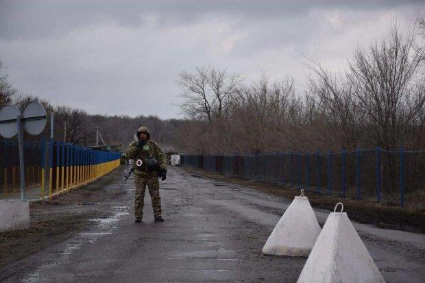 Разведение сил в Золотом: с завтрашнего дня украинцы смогут свободно перемещаться