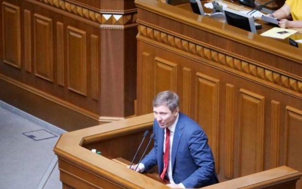 Украинцы уже не верят: Шахов рассказал, до чего довели антикоррупционные разборки