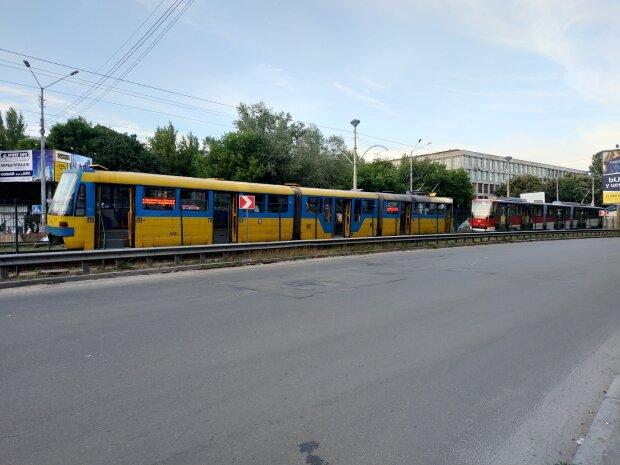Общественный трансорт в Киеве, фото: Киев Вечерний