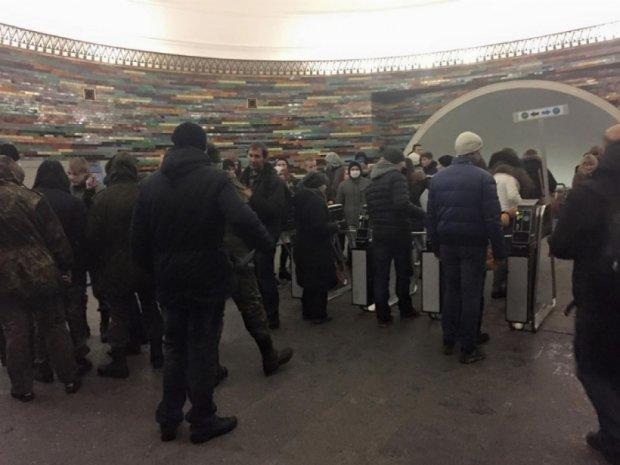 Радикали з «Білого молоту» розповіли, чому блокували метро
