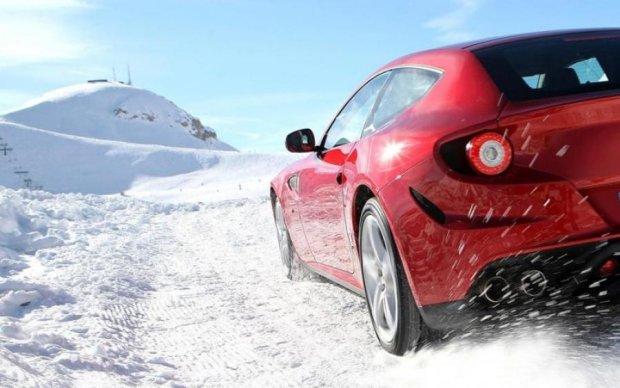 Журналісти взнали подробиці про новий проект Ferrari