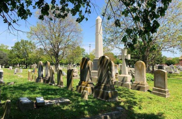 Американське кладовище, фото: Instagram