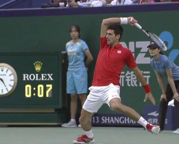 Теніс, фото YouTube