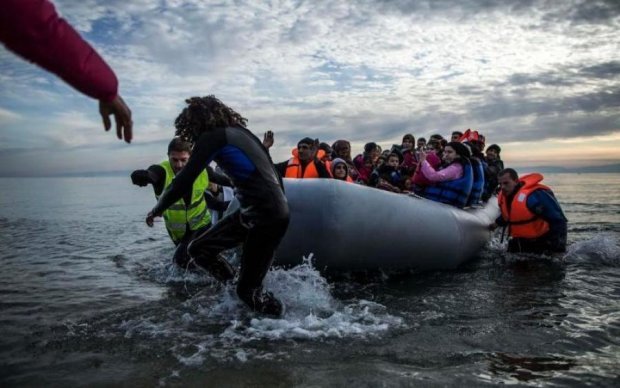 Не було жилетів: туристичне судно пішло до дна в Колумбії