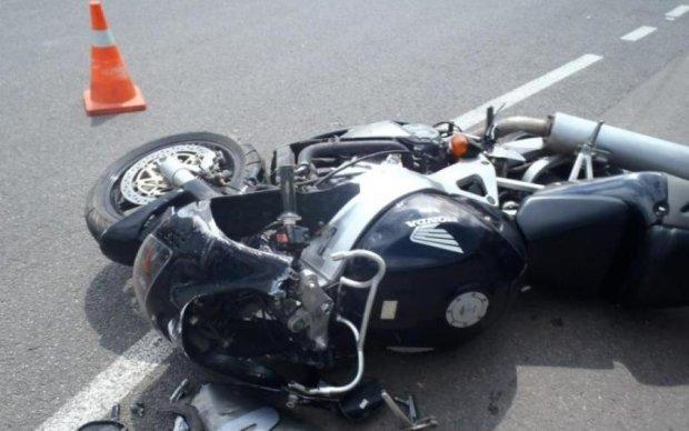 Кровавое ДТП: любитель экстрима на мотоцикле поплатился жизнью
