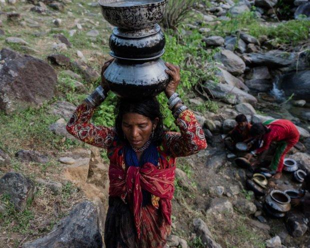Вимираюче плем'я Рауте: як живе останнє покоління тубільців у Непалі