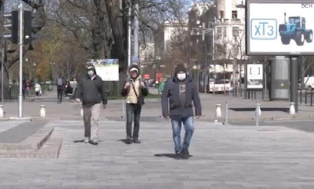 Українцям озвучили прогнози на коронавірус: багато хто не доживе до кінця року