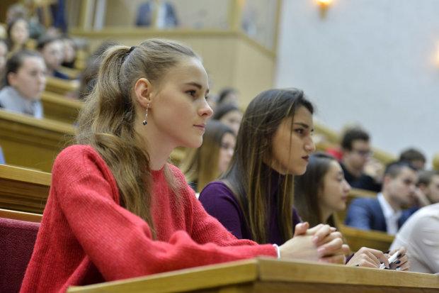 Новые правила поступления в ВУЗы: какие круги ада придется пройти студентам в 2019