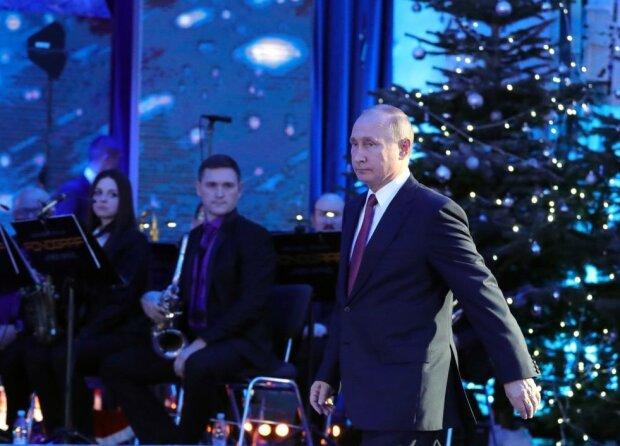 """Новорічну фантазію Путіна висміяв увесь світ, ганебні бажання спливли в одній картинці: """"Сам собі Санта"""""""