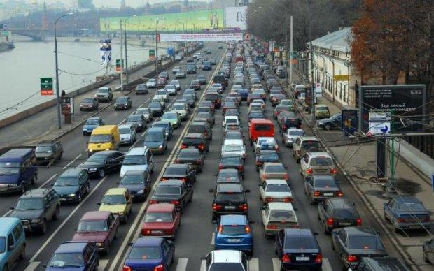 Масштабна ДТП паралізувала київський проспект