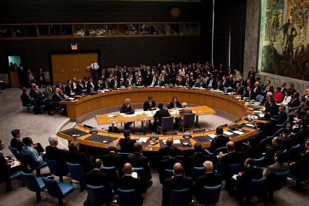 """Санкции не помеха: Совбез ООН разрешил запустить поезд в """"республику"""""""
