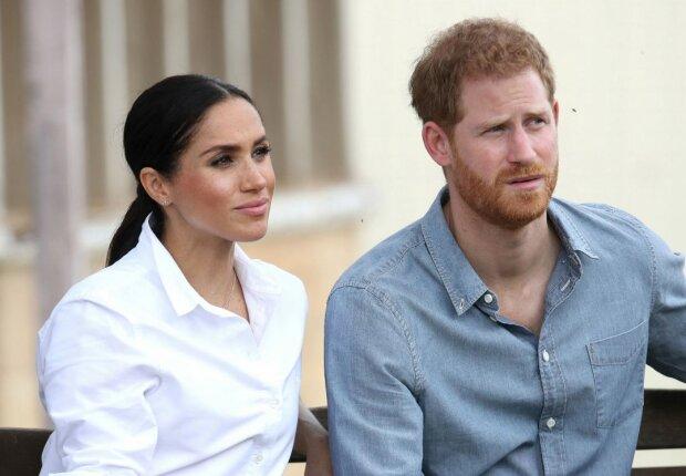 """Від принца Гаррі і Меган Маркл жорстко відреклися в Лондоні: """"Ми будемо стежити за їх новою главою життя"""""""