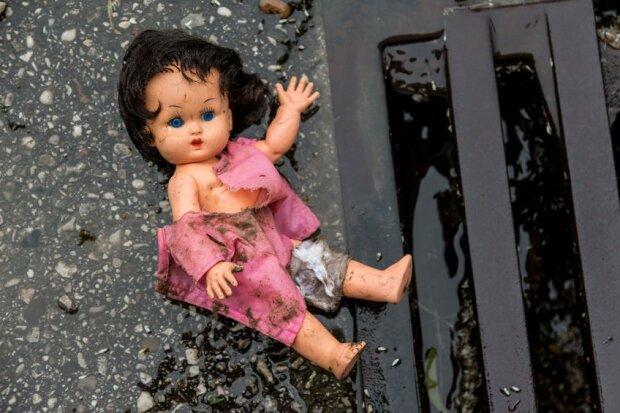 Під Києвом зникла дівчинка, 4 дні ні слуху ні духу: Даша Лук'яненко перед очима