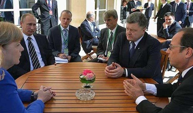 Порошенко, Путин, Меркель и Олланд могут встретиться до конца года - МИД