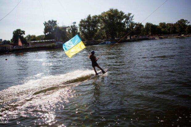 Как спастись от жары и получить спортивное тело: вейкбординг становится фаворитом для украинцев