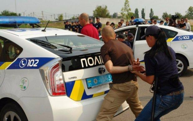 П'яний поліцейський відкрив вогонь у центрі Харкова