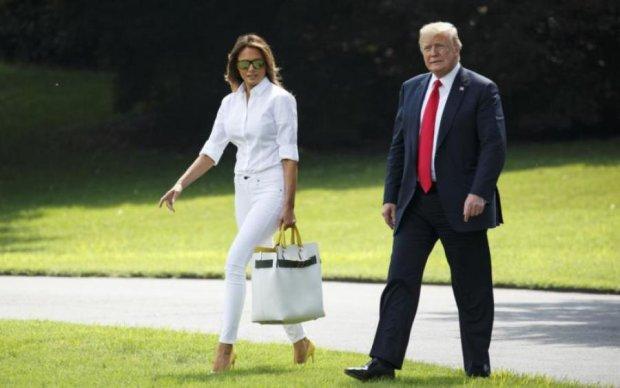 """Трамп """"помилує"""" батьків дружини, але викине з США їм подібних"""