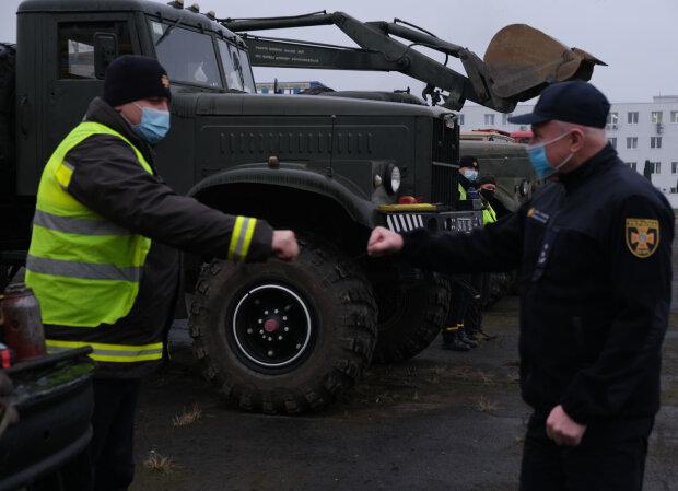Закарпатские спасатели готовятся к зиме