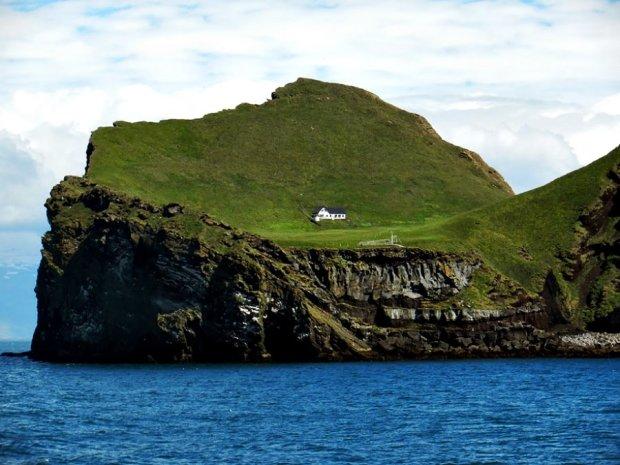 Райский уголок для интроверта: где находится самый одинокий домик в мире
