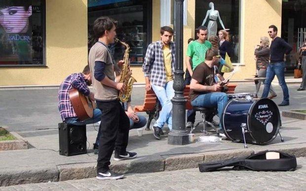 Обокрали и чуть не убили: музыкант стал жертвой зверского нападения