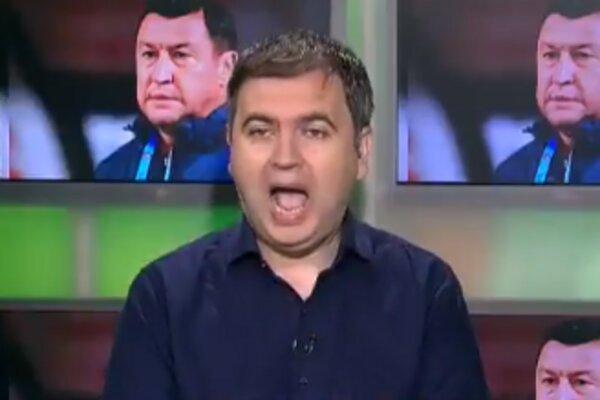 Міністр спорту вийшов в прямий ефір без штанів, скрін з відео