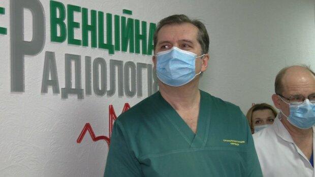 """Українські лікарі провели унікальну операцію, друге життя для людського серця: """"Дякуємо за шанс"""""""