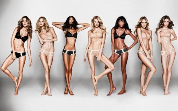 """Victoria's Secret уже не тот: модель plus-size примеряла крылья """"ангела"""""""