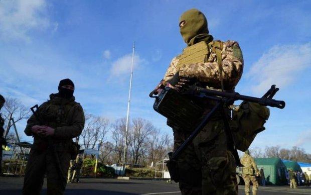 Солдаты, директора и ученый: кого освободили из плена боевиков