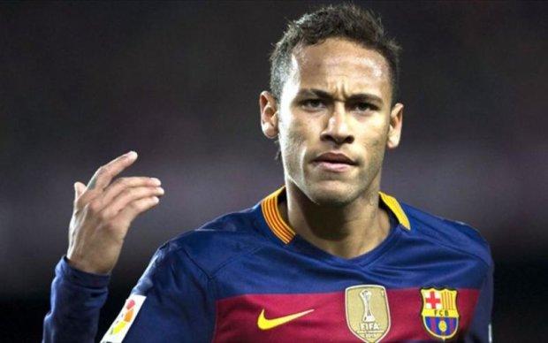 Барселона вмовила Неймара залишитись в клубі