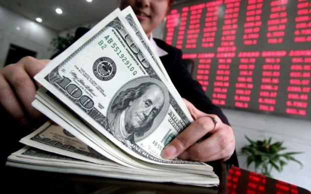 Борги українців: у скільки обійдуться іноземні кредити