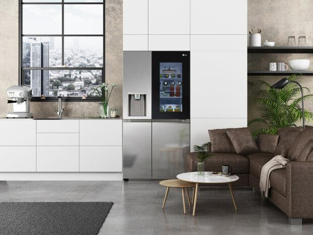 Нові холодильники LG Instaview