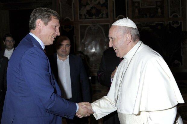 Сергей Шахов обсудил с Папой Римским мир в Украине: фото встречи