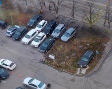 паркування у дворі
