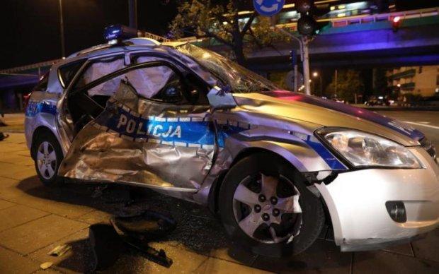 Фургон влетів у кортеж генсека НАТО: є постраждалі