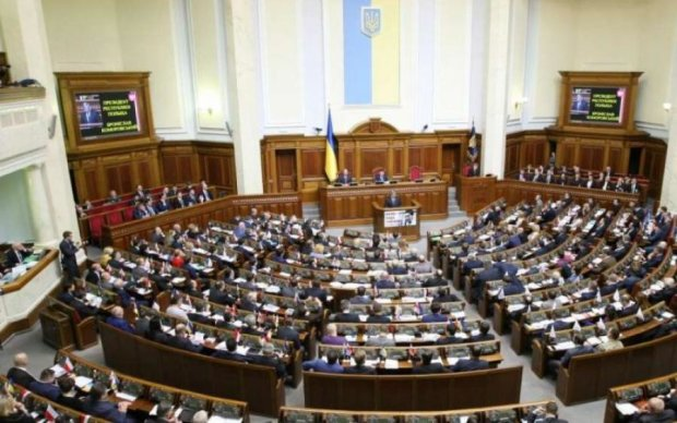 Украинская власть дефективная сама по себе, - политик