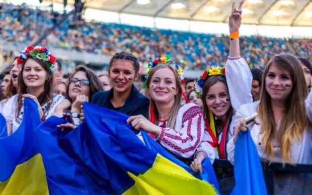 Украинской молодежи предложат достойную альтернативу выезда за границу