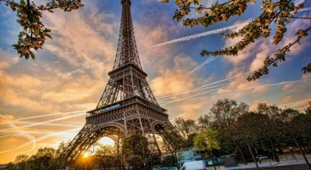 Тепер рукою подати: SkyUp з'єднує Львів і Париж