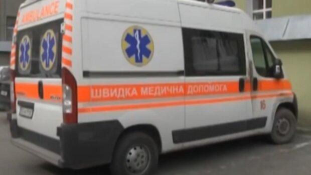 Під Тернополем дворічного малюка відфутболили з лікарні - ні ліжок, ні совісті
