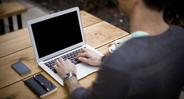 Microsoft сливает данные пользователей хакерам